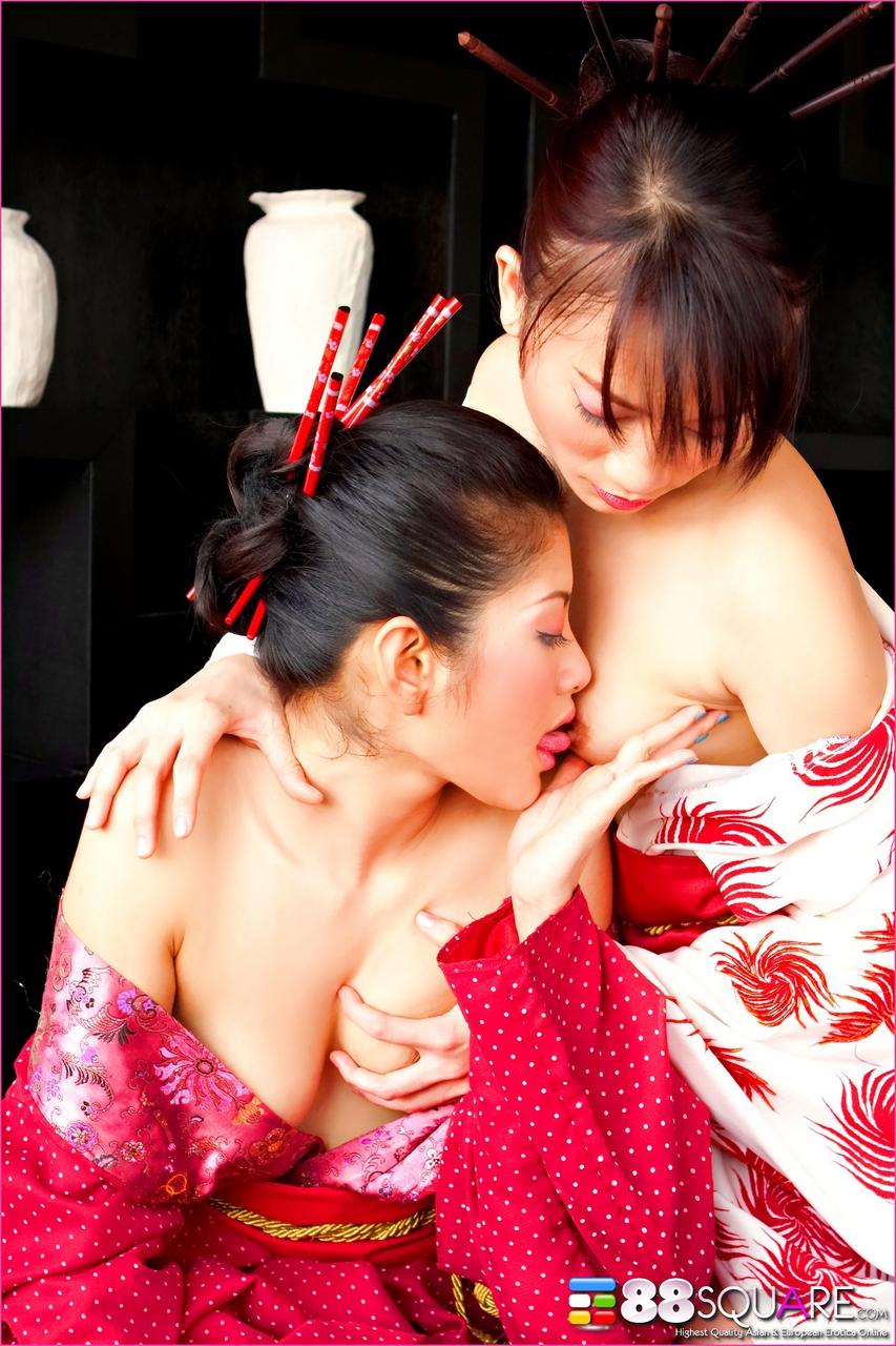 Порно Китайские Гейши
